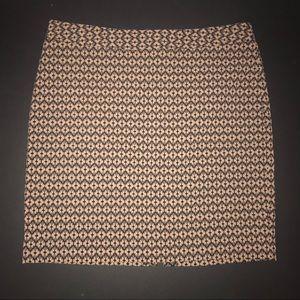 Worthington tan and black work skirt.
